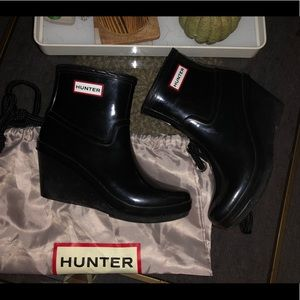 HUNTER ASTON ANKLE BOOT